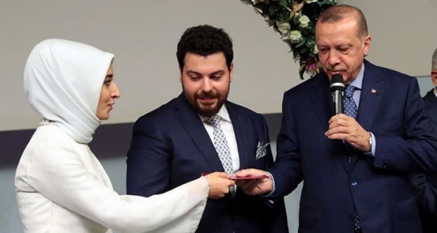 Cumhurbaşkanı Erdoğan, danışmanı Sefer Turan'ın kızının nikah şahidi oldu