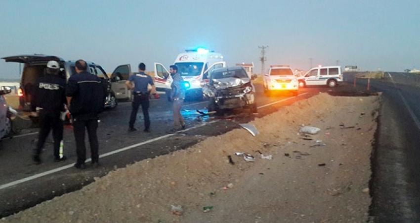 Gelin almaya giden konvoy kaza yaptı: Damat, annesi ve amcası öldü
