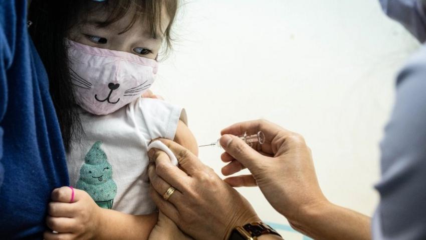 Koronavirüs aşısı çocuklara uygulanacak mı?
