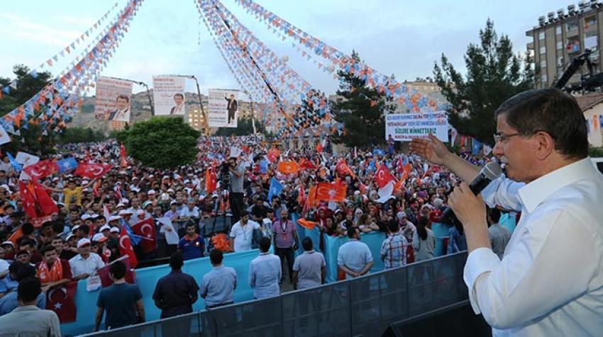 Davutoğlu'ndan Mardin'de bir ilk!