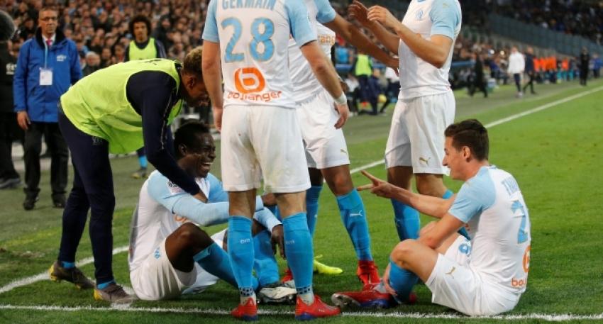 Balotelli 'farklı' gol sevinçlerine devam ediyor