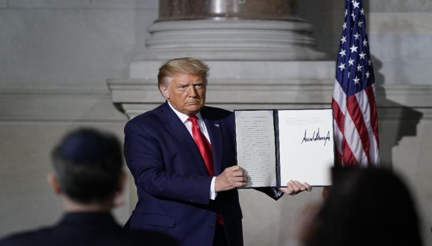Trump'ın İran ile silah ticareti yapanlara yaptırım planladığı iddiası
