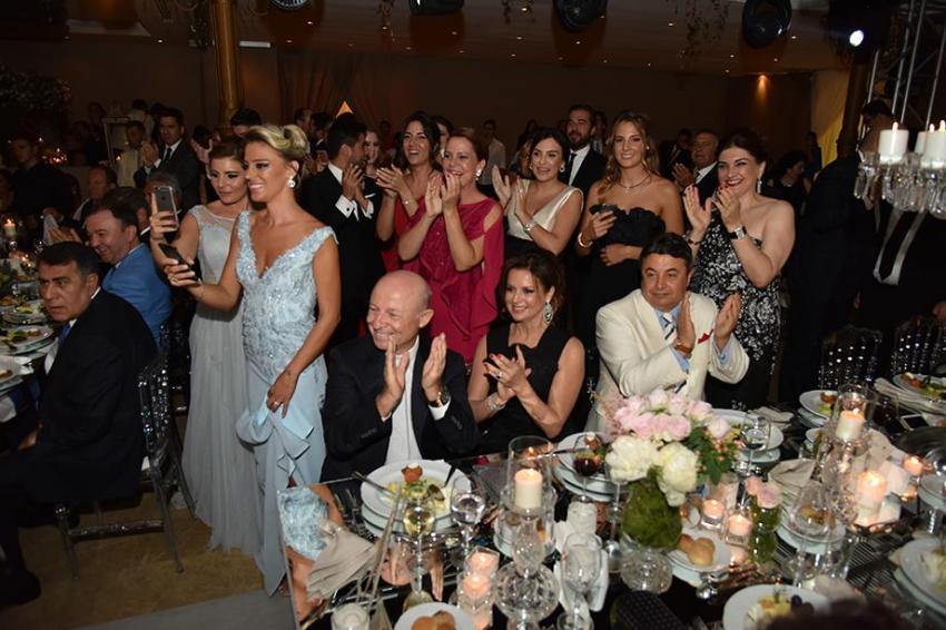 Bursa'da sosyeteyi buluşturan yılın düğünü