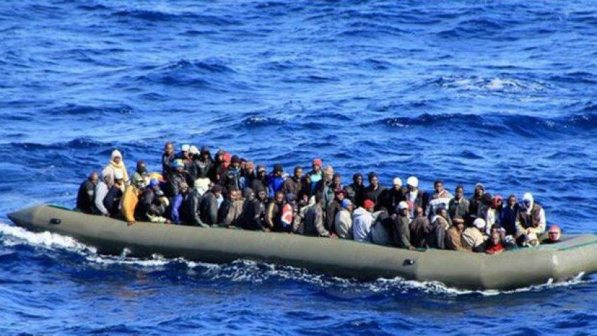 Akdeniz'de bir günde 3 bin 700 kişi kurtarıldı
