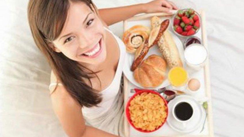 Kahvaltı etmeyenler daha mı fazla kilo alır?