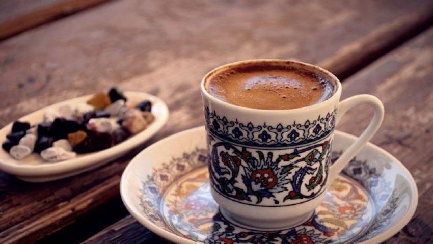 Günde iki fincan kahve içen erkekler...
