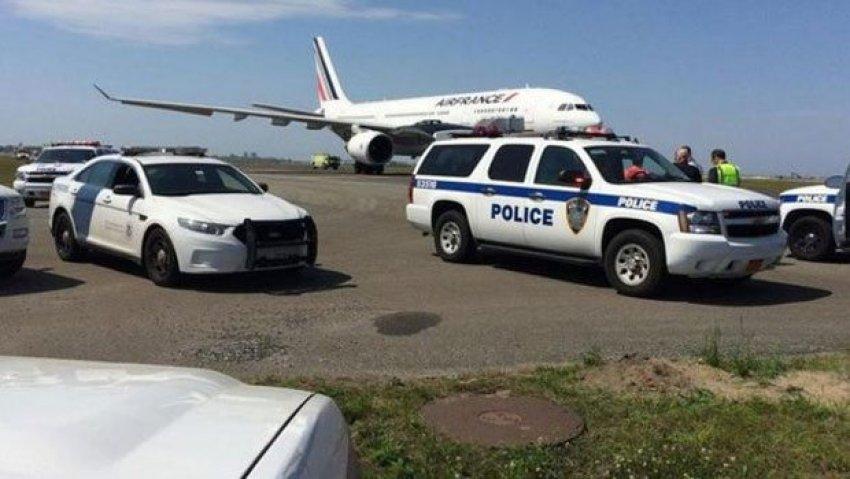 Fransa uçağında korkutan ihbar