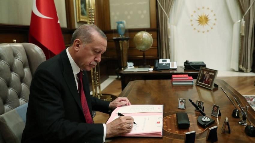 Erdoğan'dan gece yarısı yeni atamalar!