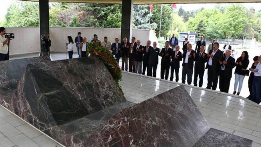 Adnan Menderes 27 Mayıs'ın yıldönümünde anıldı