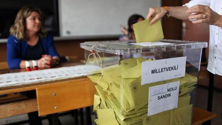 Yurt dışı oylarının sayıldığı yerde gerginlik!