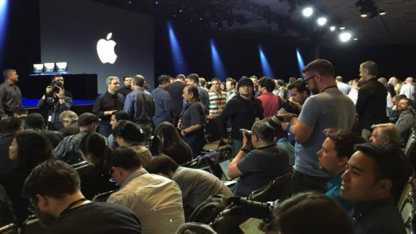Apple  bombayı patlatıyor!