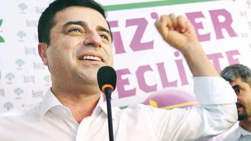 Demirtaş: Davutoğlu istifa etsin