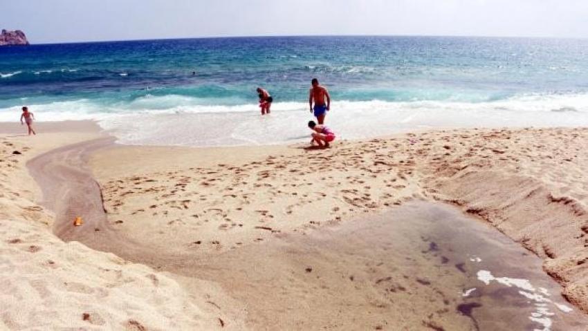Ünlü plajda  kriz çözüldü