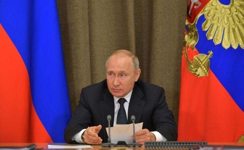 Putin'e hakaret eden Gürcistanlı gazeteci işten çıkarıldı