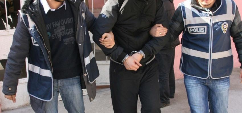 Bursa'da düğün salonuna kumar baskını: 42 gözaltı