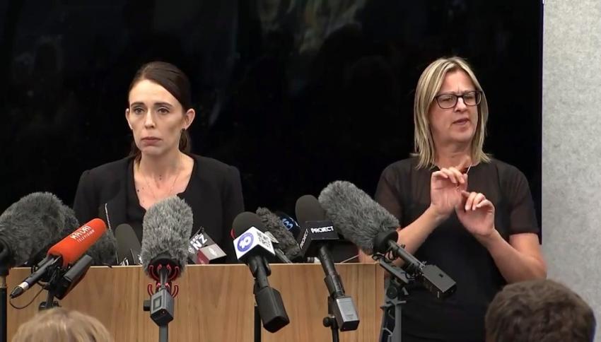 Yeni Zelanda silah yasasını değiştirdi