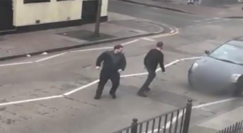 Londra'da Müslümanlara saldırı