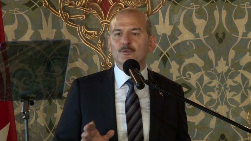 """""""İstanbul'dan 85 bin kaçak göçmen ülkelerine gönderildi"""""""