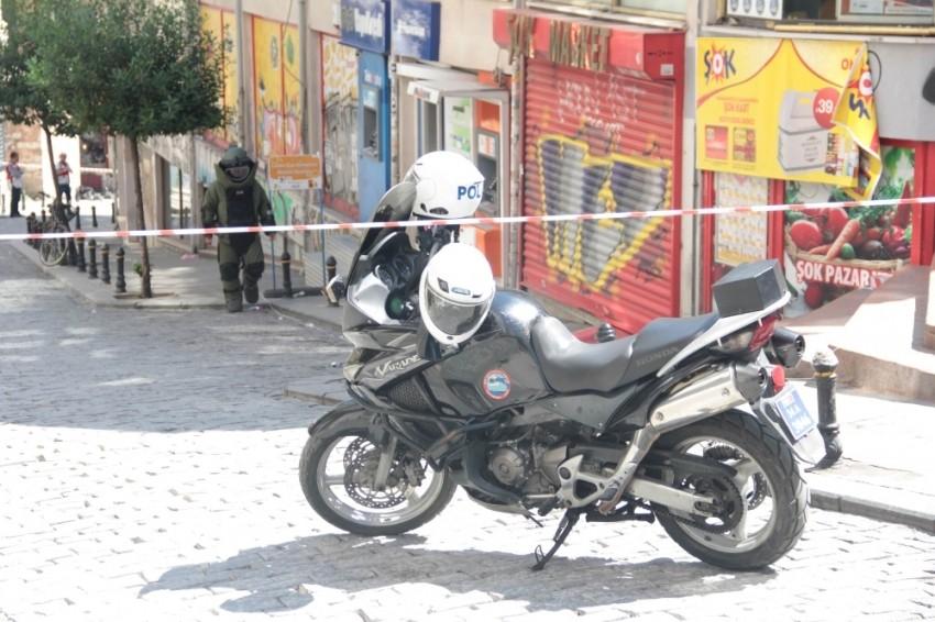 Galata Kulesi yakınında şüpheli çanta alarmı