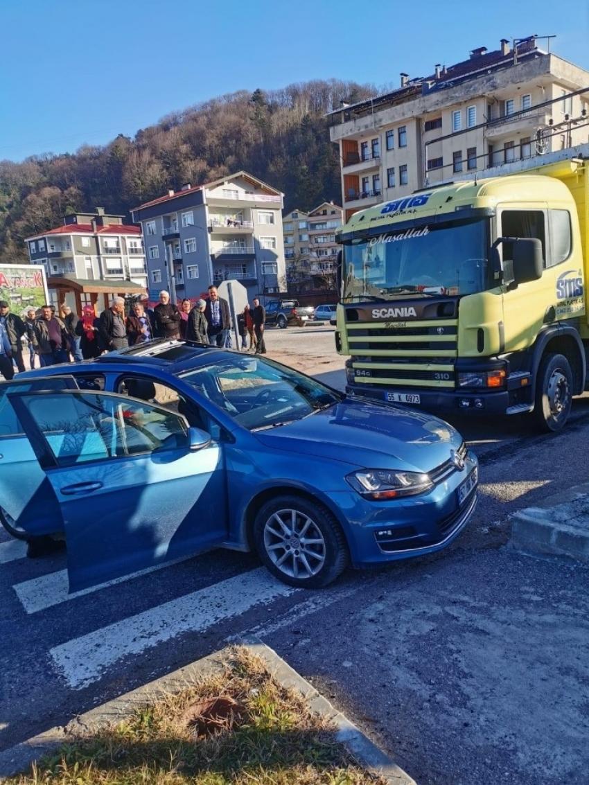 Sinop'ta kaza, 4 yaralı...