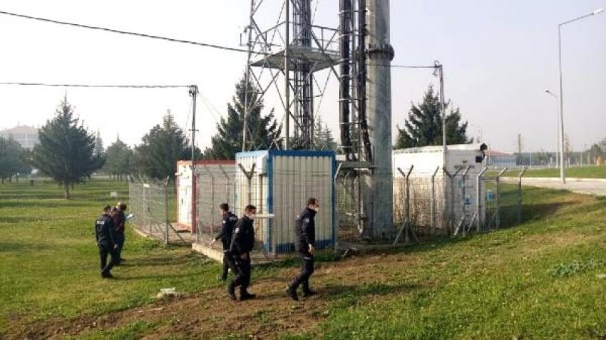 Bursa'da 3 baz istasyonunun klimalarını çaldılar