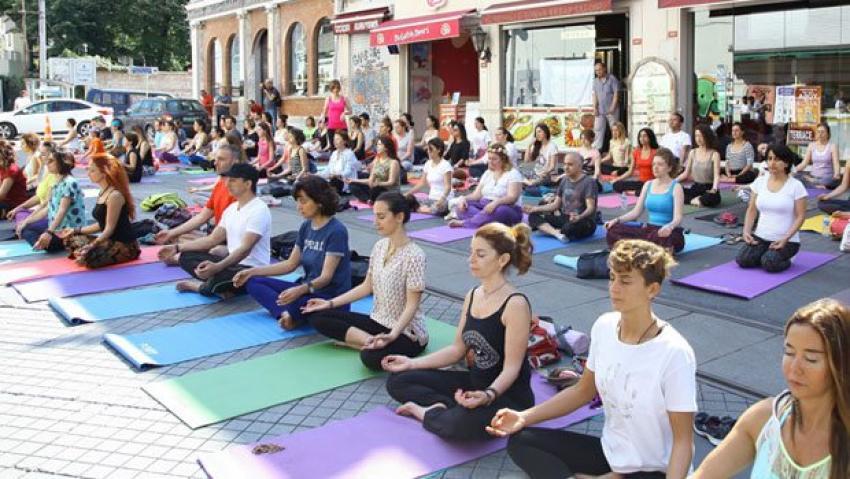 Yoga Günü İstanbul'da böyle kutlandı