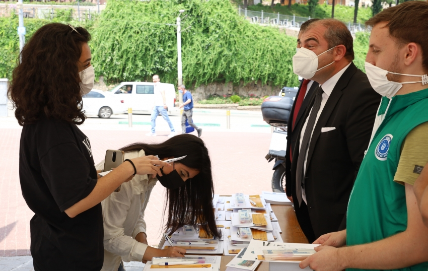 Bursa Büyükşehir'den üniversite adaylarına tam destek