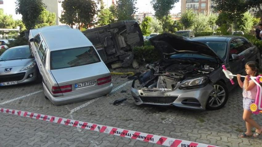 İlginç trafik  kazalarına bir yenisi daha eklendi