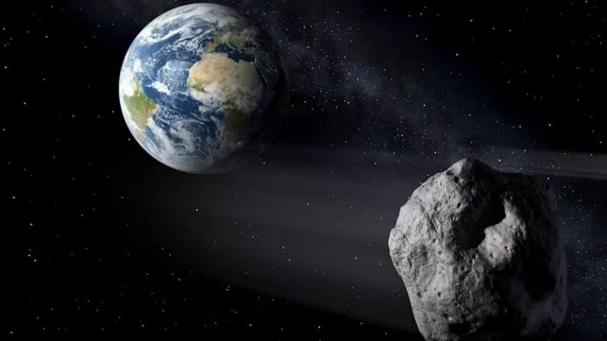 'Dünya'ya Eyfel Kulesi büyüklüğünde asteroid yaklaşıyor!'