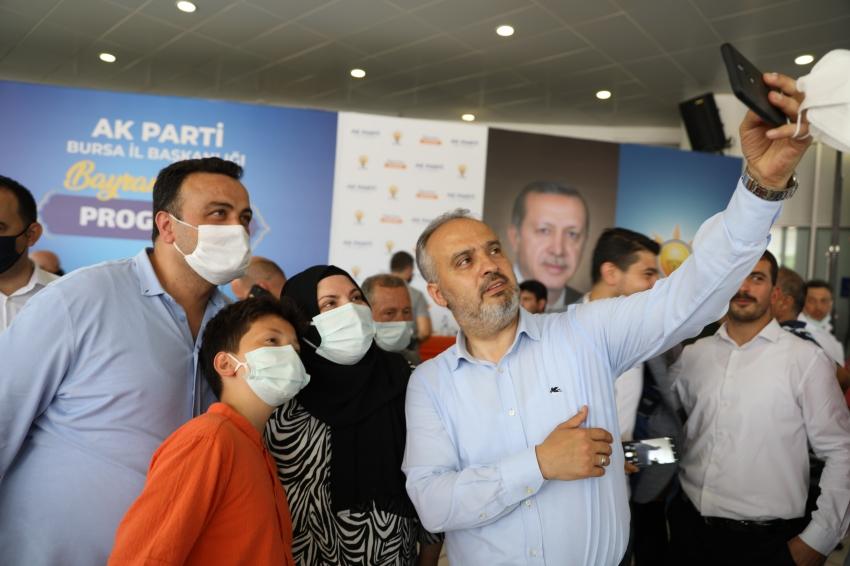 Bursa AK Parti'de bayramlaşma
