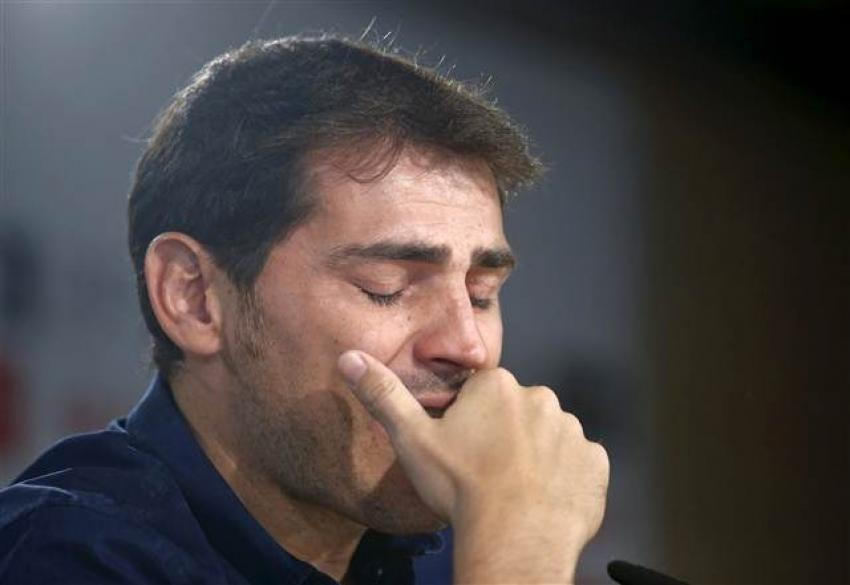 Casillas gözyaşlarıyla veda etti