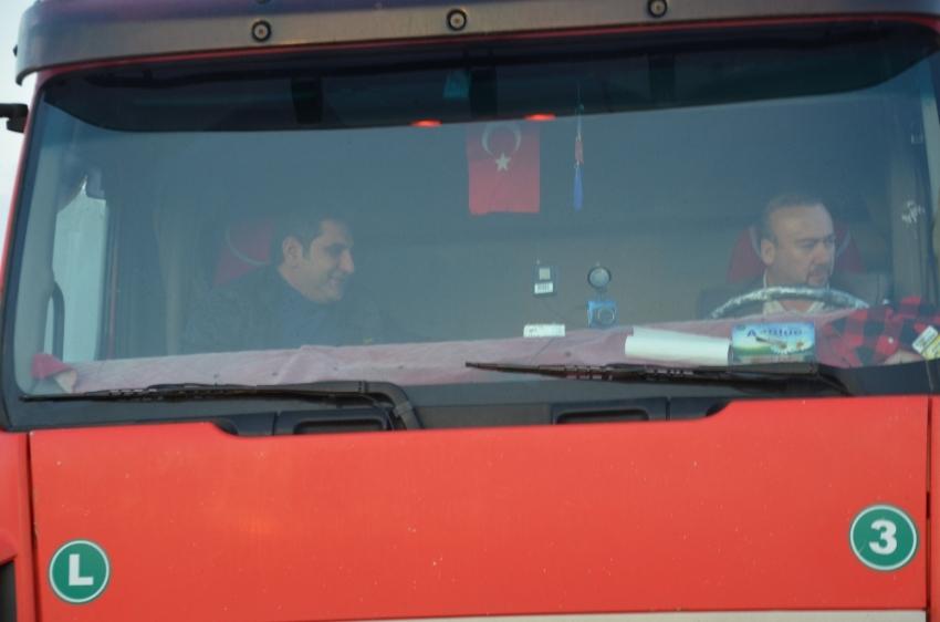 CHP'li vekiller TIR'la Ankara'ya gidiyor