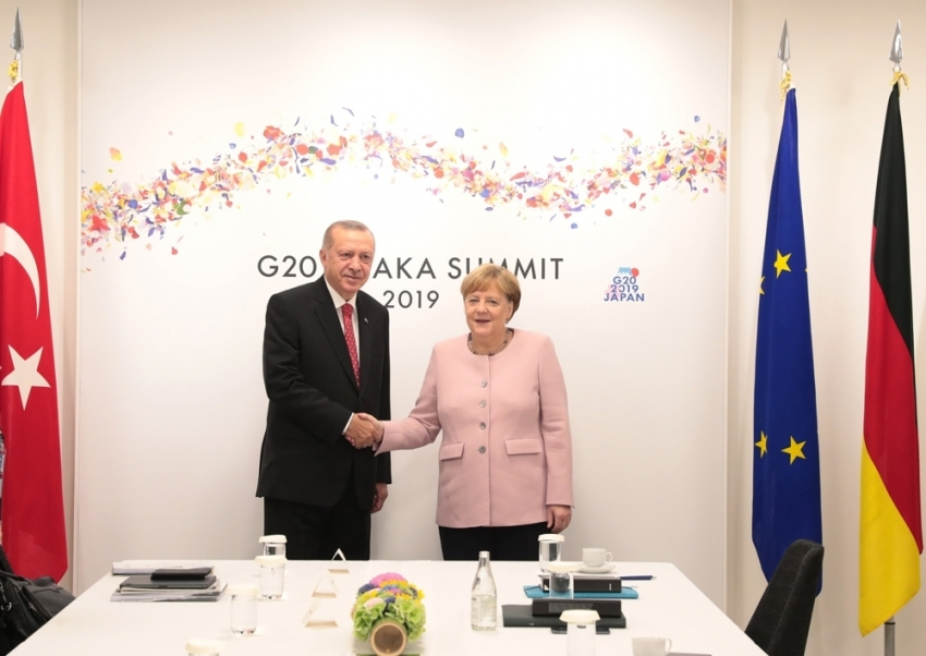 Cumhurbaşkanı Erdoğan, Merkel ile görüştü
