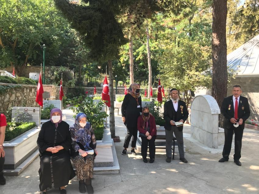 Bursa'da huzurevi sakinleri, şehit ve gazileri andı