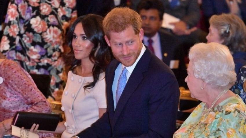 Prens Harry, Kraliçe'nin ölmesini bekliyor!