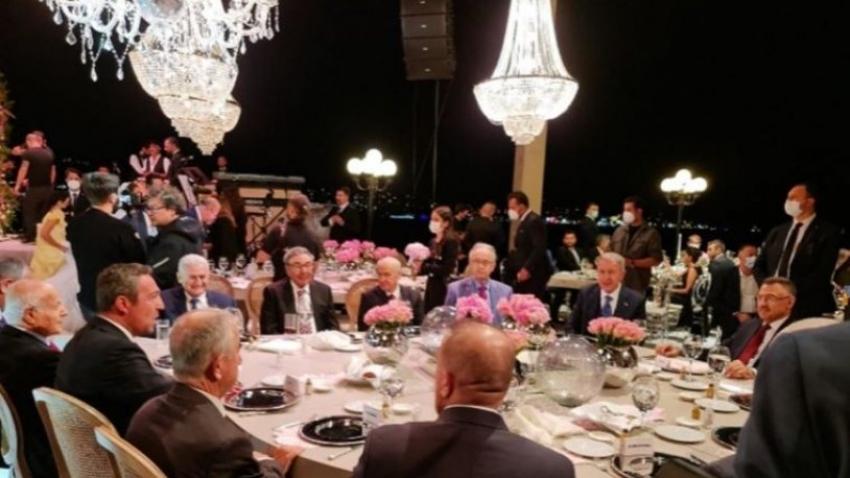İş dünyası ve siyasileri buluşturan düğün