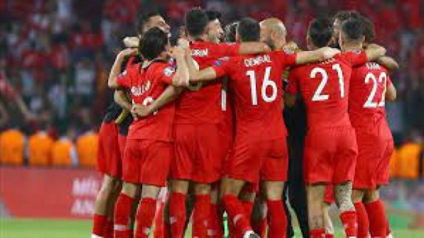 Rıdvan Dilmen A Milli Futbol Takımı'nın yeni teknik direktörünü açıkladı
