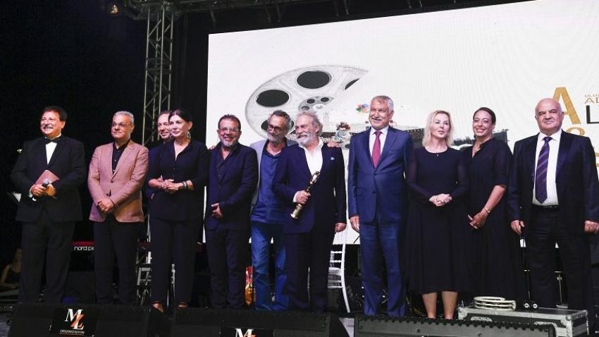 Altın Koza Film Festivali'nde Onur Ödülleri sahiplerini buldu