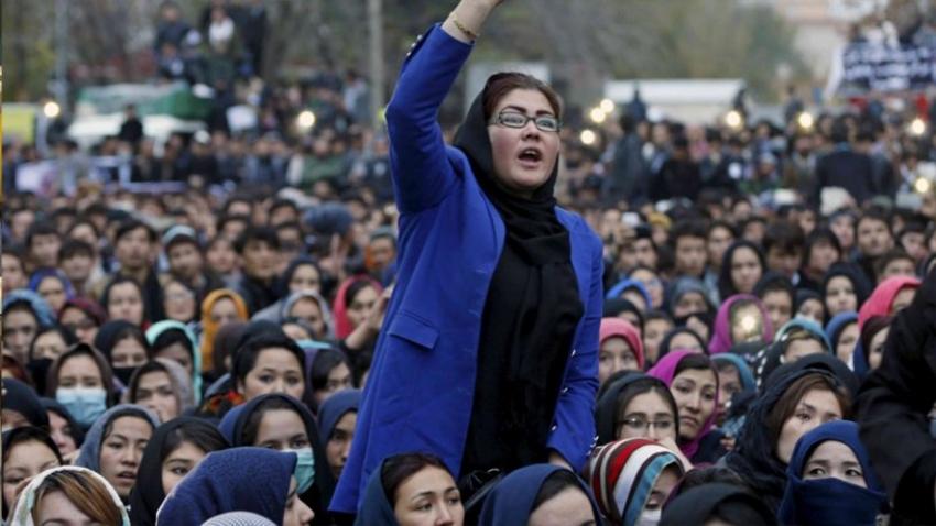 Taliban'dan kadınlar için yeni karar!