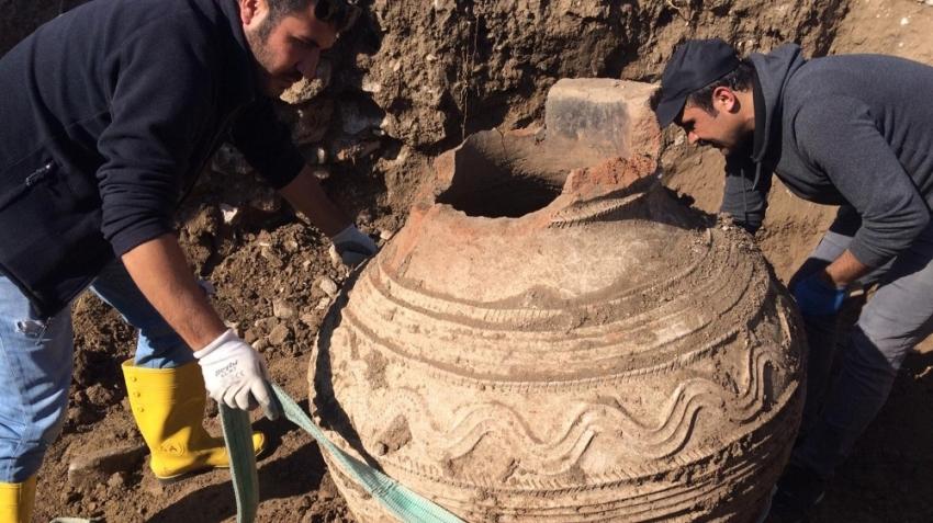 Tarlayı sürerken buldu: Roma Dönemi'ne ait