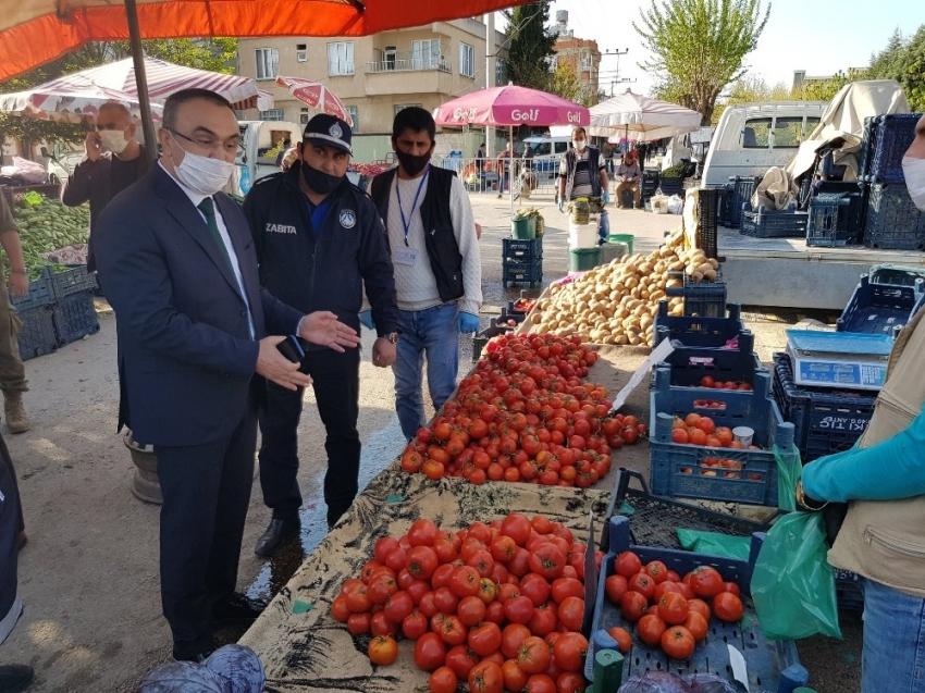 Vali Soytürk'den semt pazarlarına denetim