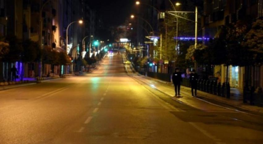 Bursa'da sokağa çıkma yasağı başladı