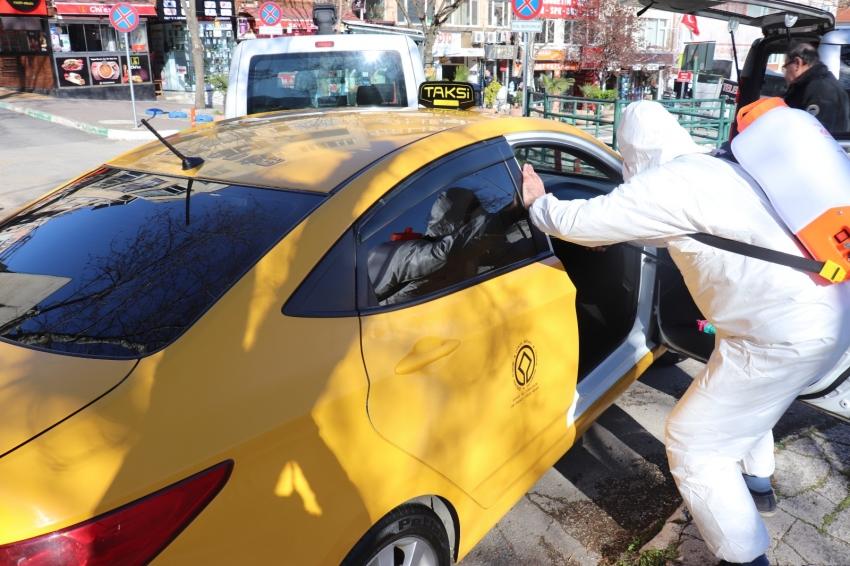 Bursa'da taksi ve dolmuşlar dezenfekte ediliyor