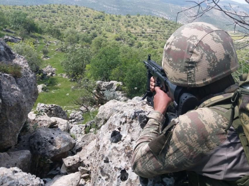 PKK'nın kandırdığı genci jandarma kurtardı