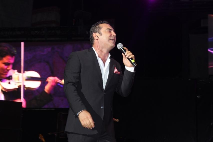 Ferhat Göçer'den unutulmaz konser