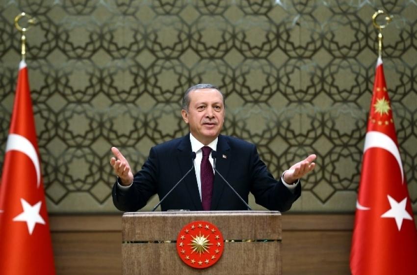 Türk bayrağını PKK'lıya bırakmayan kadını aradı
