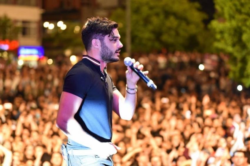 İlyas Yalçıntaş'tan unutulmaz konser