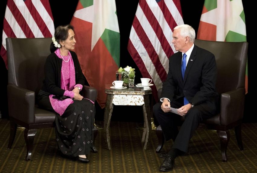 """""""Rohingya Müslümanlarına yapılan zulüm kabul edilemez"""""""