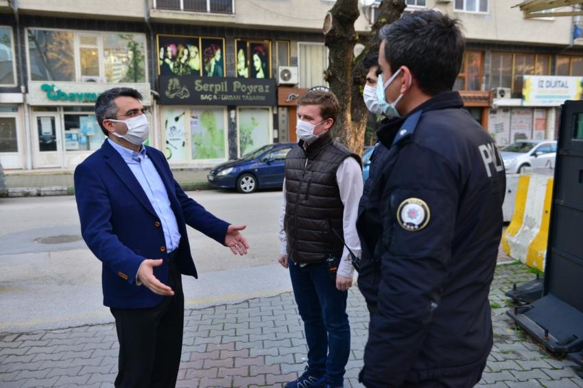 Başkan Yılmaz'dan polislere sürpriz ziyaret