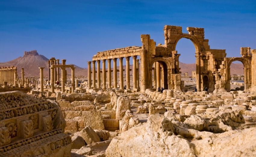 Antik kenti mayın tarlasına çevirdi